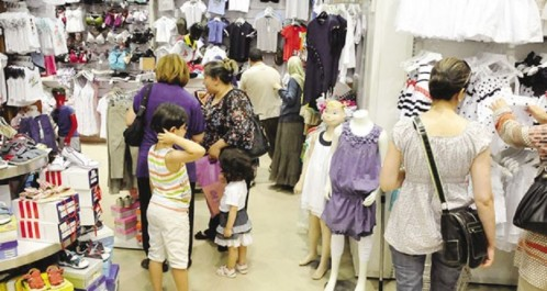 Vêtements de l'Aïd: Des achats coûteux mais indispensables