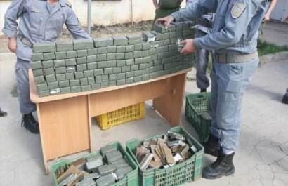 Chlef: La douane opère une saisie de près de 50 kg de kif à Tiaret
