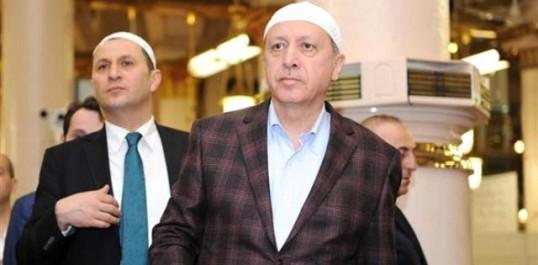 Turquie: Erdogan victime d'un malaise lors de la prière de l'Aïd el-Fitr