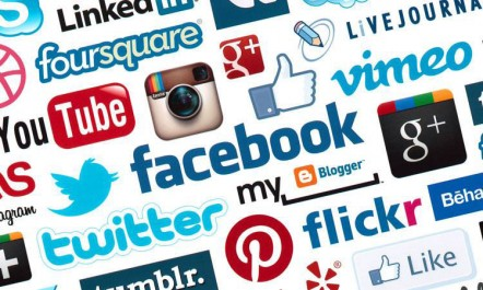 Pew Research Center Les réseaux sociaux sont une source d'information pour les internautes