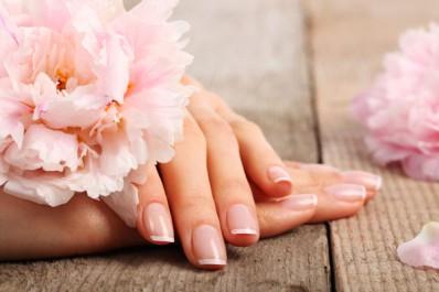 8 astuces pour prendre soin de vos mains