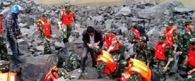 Glissement de terrain en Chine: 5 morts, plus de 120 disparus