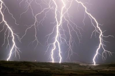 Activité pluvio-orageuse sur la wilaya d'Illizi à partir de jeudi après-midi (BMS)