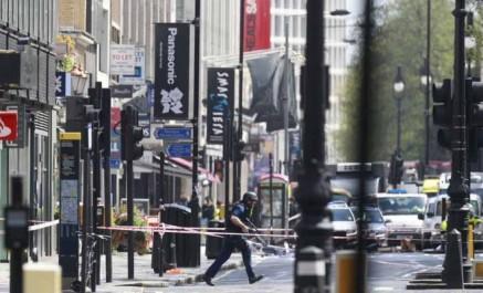 Grande bretagne: un homme armé d'un couteau retient des otages à newcastle