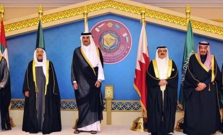 Sondage: L'Algérie va-t-elle suivre la décision de l'Arabie Saoudite de couper ses liens diplomatiques avec le Qatar?
