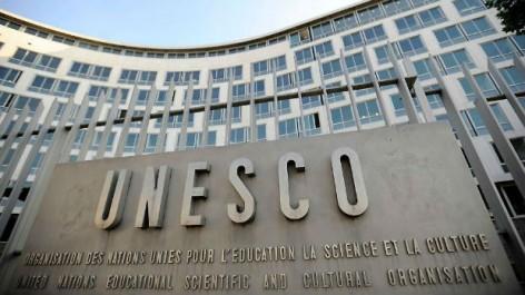 La pauvreté mondiale pourrait être réduite si les adultes achevaient leurs études secondaires (Unesco)