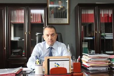 """Il a reçu hier le syndicat et l'ordre des pharmaciens:  Mourad Zemali : """"Pas de mesure sans consensus"""""""
