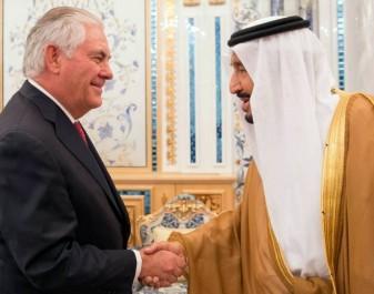 Crise des pays du golfe avec le Qatar: La France dépêche son ministre des AE