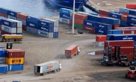 Appel à trouver des solutions définitives aux marchandises en souffrance au niveau des ports