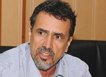Boualem Amoura, secrétaire général du syndicat autonome des travailleurs de l'éducation et de la formation (SATEF), à l'Expression: «La décision du gouvernement est un passage en force»