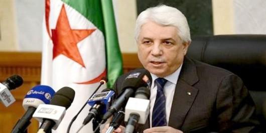 Tayeb Louh préside une réunion du Conseil Supérieur de la Magistrature