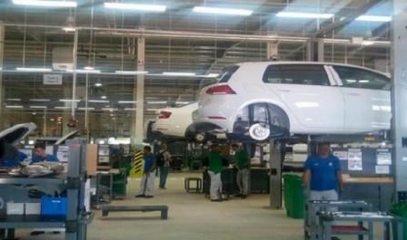 Le soutien de l'Etat vise le passage de l'étape du montage de véhicules à celui de la production