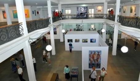 Art moderne: Une biennale méditerranéenne à Oran