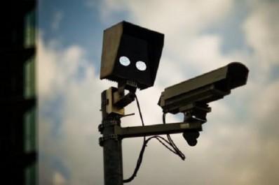 Saisie de 31 caméras de surveillance de nuit sophistiquées à Belassel (Relizane)