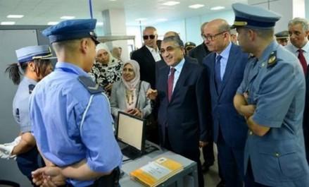 Œuvrer à améliorer les services fournis aux voyageurs tout en doublant de prudence et de vigilance