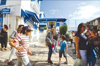 """Bassam Ouertani, directeur de l'ONTT en Algérie: """"Nous tablons sur 2 millions de touristes algériens en 2017"""""""