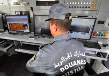 Titre de passage en ligne: Le contrôle douanier aux frontières «a gagné en efficacité»