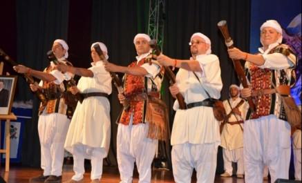 La caravane artistique de l'ONCIC arrive à Aïn Defla