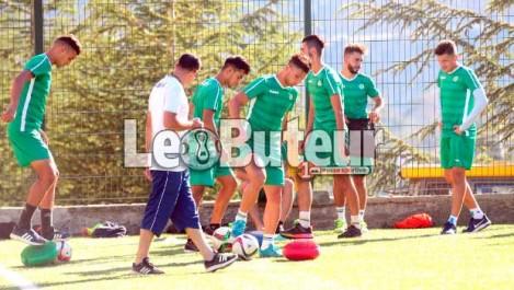 JSK : Moussouni et Rahmouni se sont réunis avec les joueurs