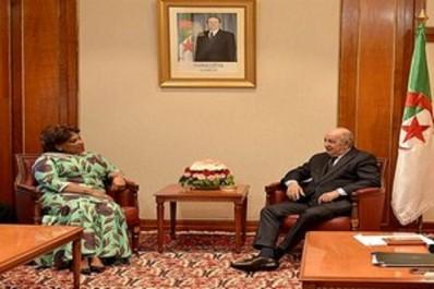 Tebboune reçoit la ministre angolaise de la Culture