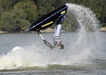 Disparition d'un jeune en jet-ski