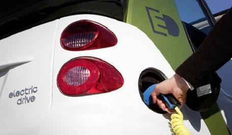 Les voitures électriques n'empêcheront pas les pays pétroliers de dormir tranquillement