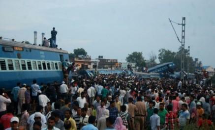 Accident de train en inde: le bilan monte à 23 morts, 64 blessés