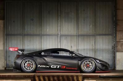 Honda : Voici la NSX GT3…seulement pour le circuit