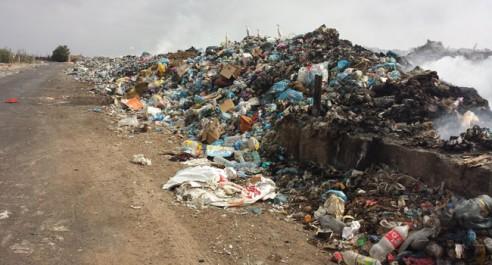 Ce crime écologique de l'APC de FORNAKA : Les décharges, la fumée, les mouches et le silence