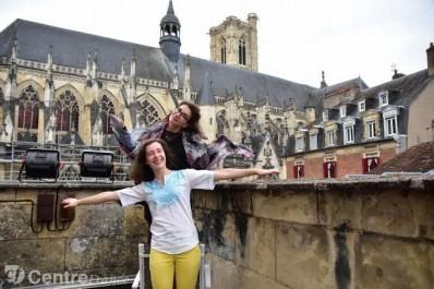 Une française à Sidi-Bel-Abbès et une algérienne à Nevers (France), pour un partage d'expériences