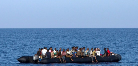 Libye: Près de 140 migrants secourus au large des côtes