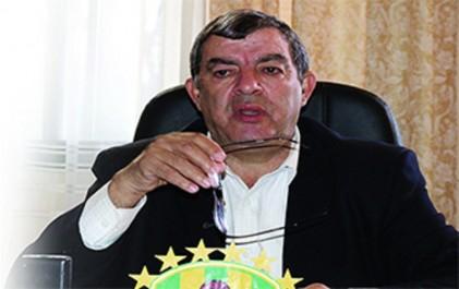 Il saisit la justice et conteste sa destitution: Hannachi contre-attaque