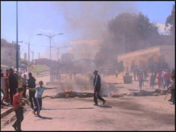 Skikda: La RN44 fermée par des protestataires