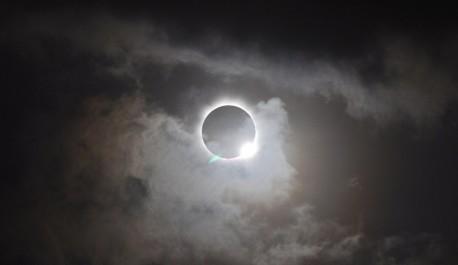 Eclipse totale du Soleil sur la côte ouest des Etats-Unis