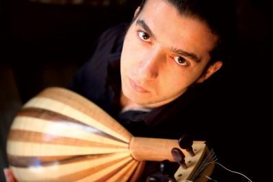 Le musicien algérien Fayçal Salhi enchante le public jordanien par une musique andalous-jazz