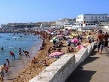 L'été en Algérie: Le prix du bikini