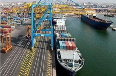 Le port-centre, cet autre mégaprojet: Un hub maritime en Méditerranée