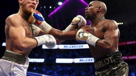 Mayweather remporte le « combat de l'argent » face à McGregor
