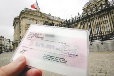 Immigration des algériens en France: 28 000 titres de séjour délivrés en 2016