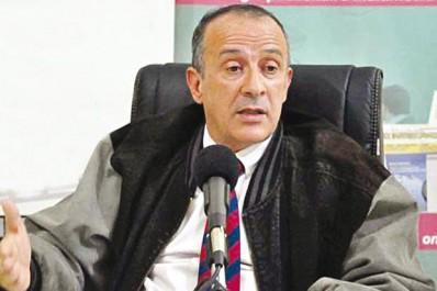 """Mouloud Hédir, économiste et ancien directeur général du commerce extérieur au ministère du commerce, à """"Liberté"""": """"Il faut arrêter d'avoir l'œil vissé sur le prix du baril"""""""