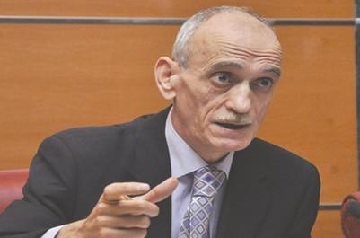 En l'absence d'une politique financière rationnelle: Kerbadj s'attend à une saison difficile pour les clubs