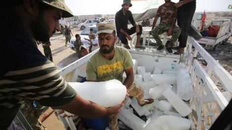 Irak : Au front de Tal Afar, des pains de glace pour faire retomber la fièvre des combats