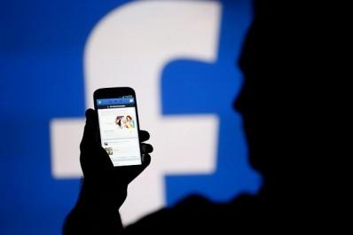 Facebook va interdire la pub des pages d'entreprises qui partagent de fausses nouvelles