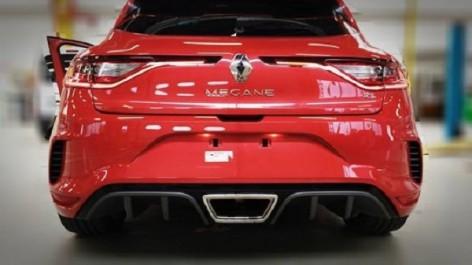 Salon de Frankfurt 2017 : Renault Mégane 4 R.S., nouvelles fuites