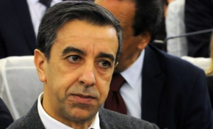 Ali haddad s'engage à respecter la feuille de route tracée par bouteflika