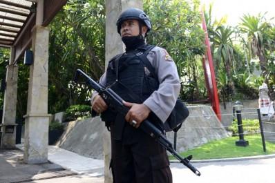 Indonésie: 153 chinois arrêtés pour une gigantesque escroquerie