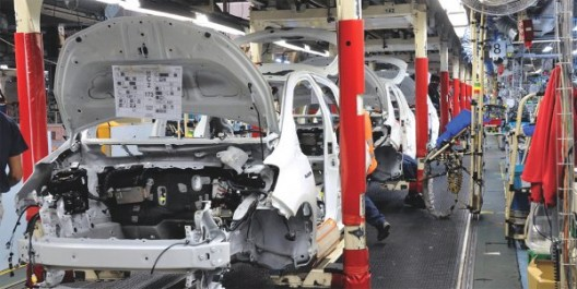 Automobile: les nouveaux projets gelés