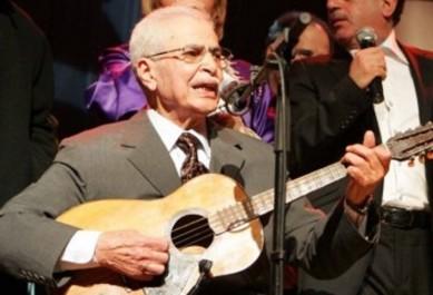 Hommage à Blaoui Houari à la 10e édition du Festival de la chanson oranaise