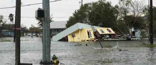 Ouragan Harvey: au moins deux morts au Texas et des inondations «extrêmement graves»
