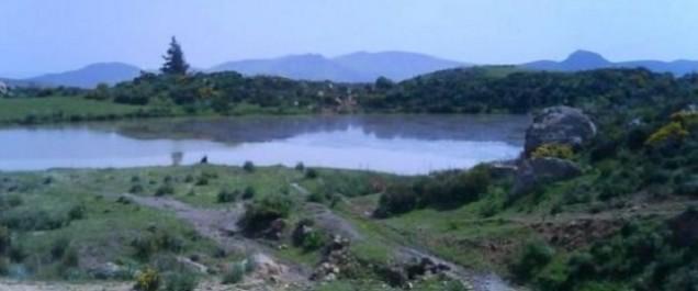 Le lac Ouled Haddou dans la commune de Mesdek (Chlef): un hôpital en plein air pour le traitement des varices